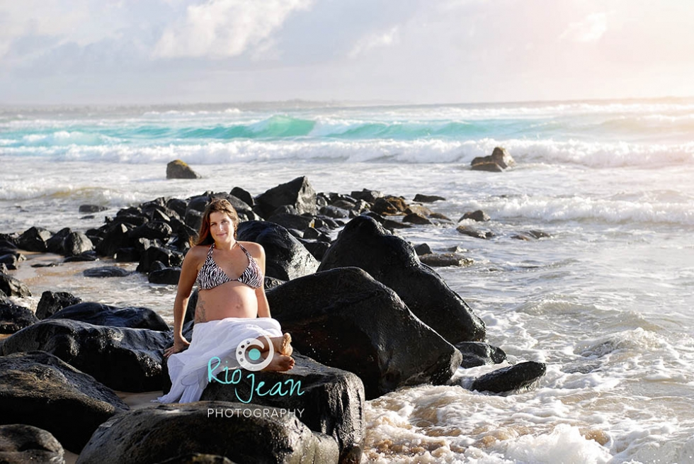 beach-maternity-portraits-kent-wa-maternity-photographer