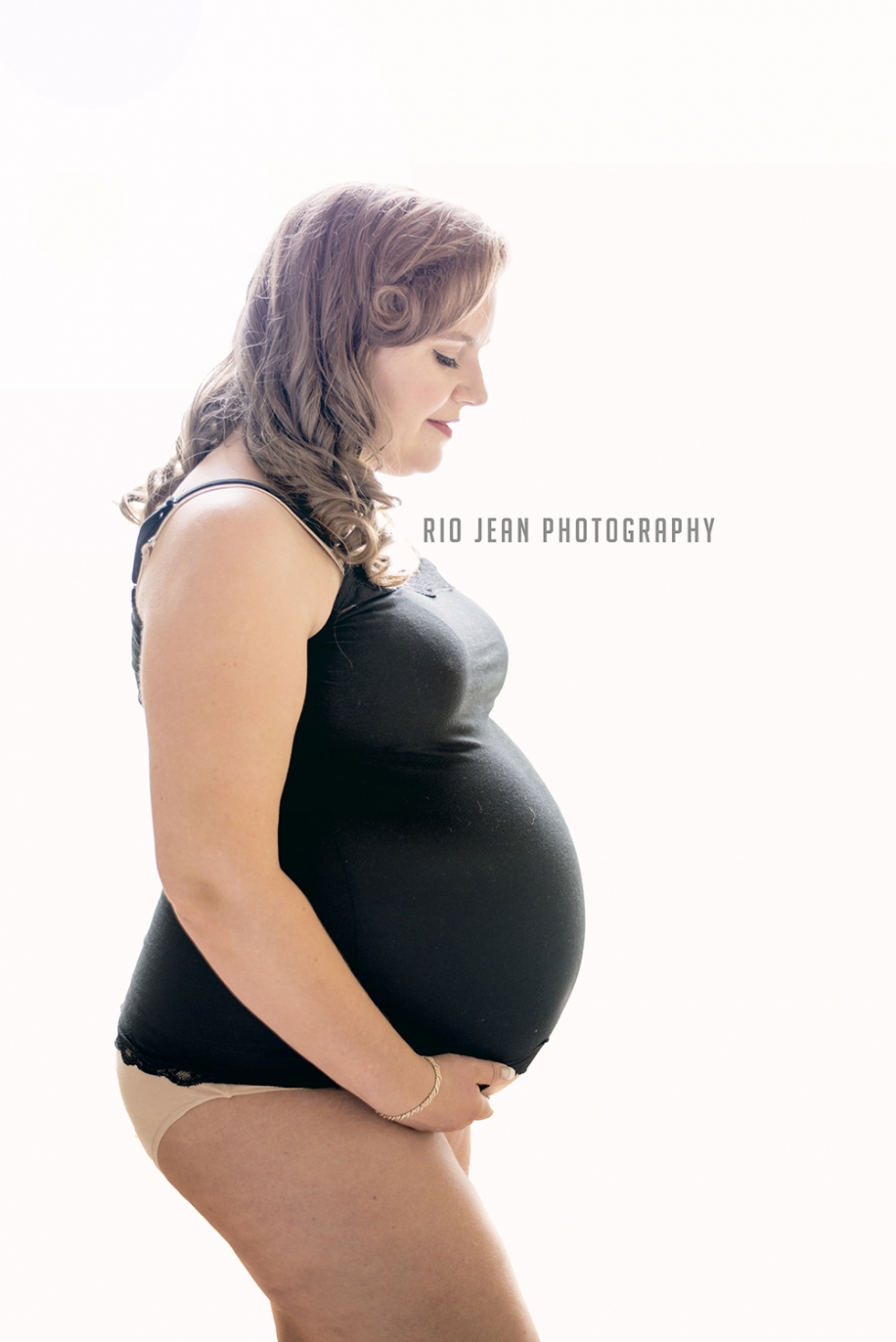 Studio Maternity session Kent, WA